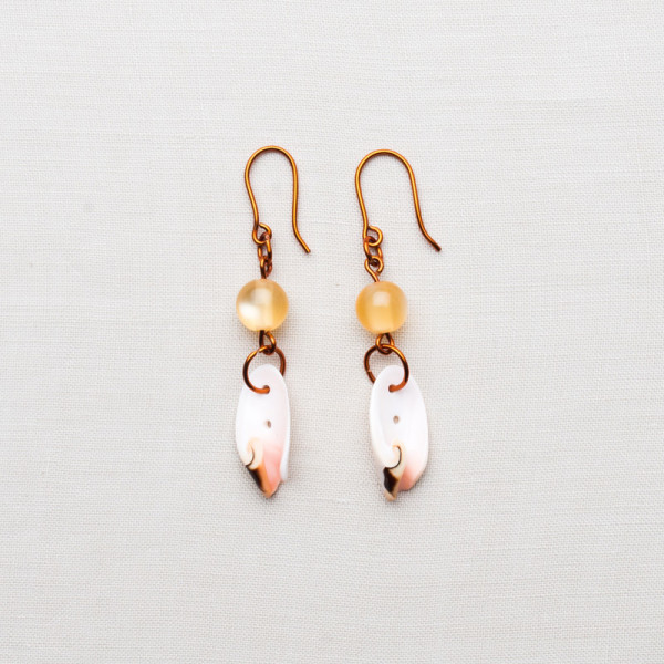 CW55_Brass White Shell Earrings