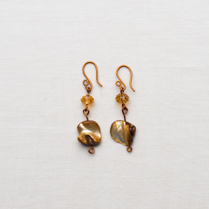 CW56_Brass Gold Shell Earrings