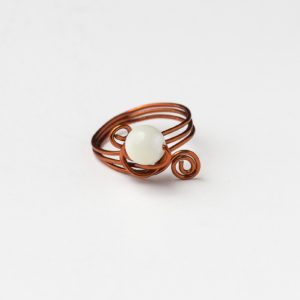 CWH10_Copper ring with glass bead