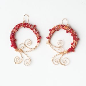 CWH7_Red Gold Plated Cloth Earrings